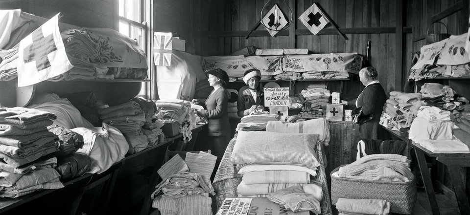Volunteers in Nelson organise supplies during World War I